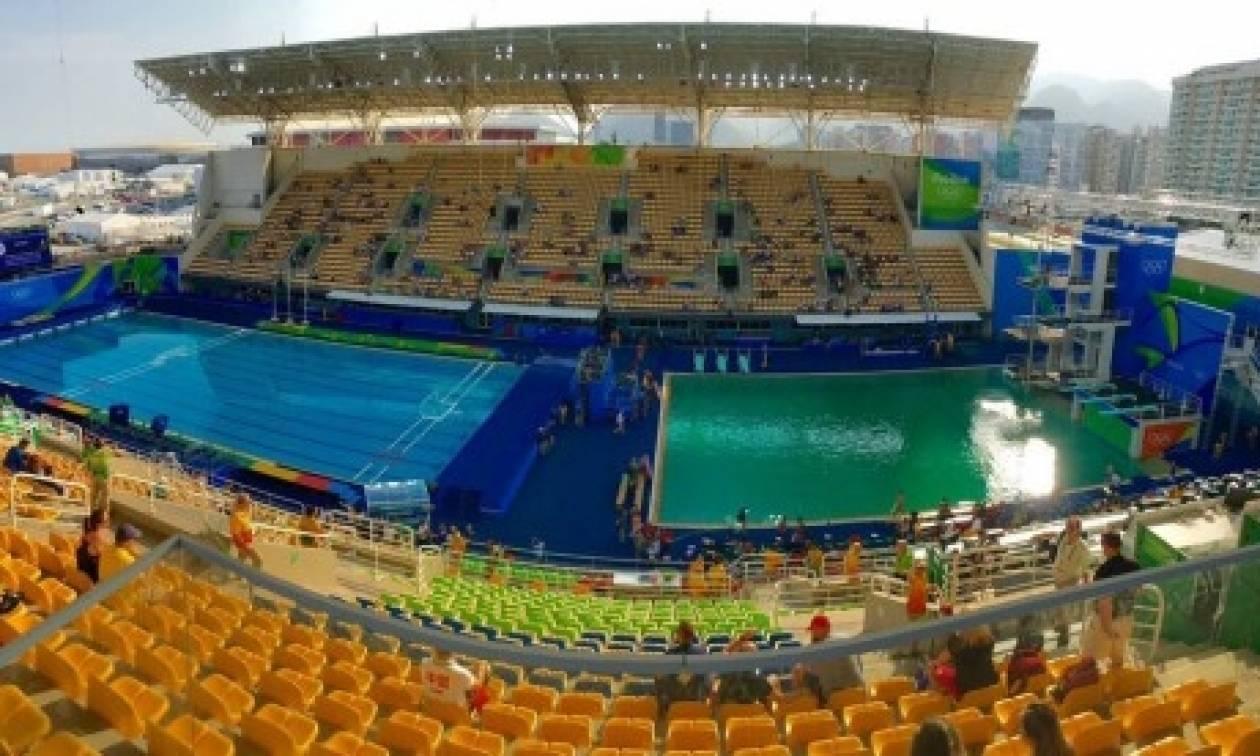 Ρίο 2016: Γιατί έγινε πράσινο το νερό της πισίνας - Λύθηκε το μυστήριο!