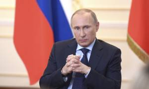 «Τύμπανα πολέμου» στην Κριμαία: Έκτακτο Συμβούλιο Ασφαλείας συγκάλεσε ο Πούτιν (Vids)