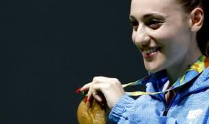 Ολυμπιακοί Αγώνες 2016: Σε ποια πασίγνωστη τραγουδίστρια έδωσε το χρυσό της μετάλλιο η Κορακάκη