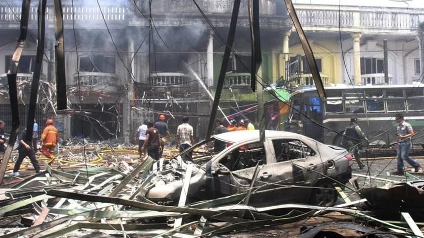 Έκτακτο-Ισχυρές εκρήξεις σε τουριστικό θέρετρο στην Ταϊλάνδη (Pics)
