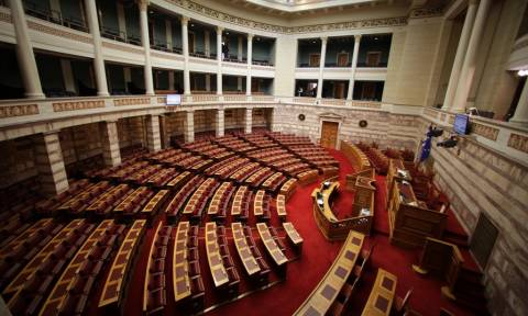 Spiegel: Πώς η Ελλάδα θα μπορούσε να διεκδικήσει 296 δισ. ευρώ από τη Γερμανία