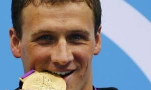 Ολυμπιακοί Αγώνες 2016: Εσείς γνωρίζετε γιατί οι Ολυμπιονίκες δαγκώνουν πάντα τα μετάλλιά τους;