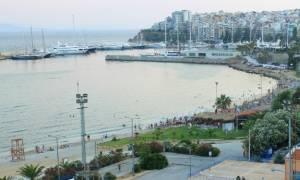 Προσοχή! Αυτές είναι οι ακατάλληλες παραλίες από Πειραιά μέχρι Ελληνικό