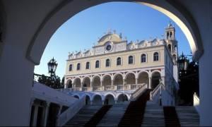 Παναγία Τήνου: Στείλτε e-mail για παράκληση στη Μεγαλόχαρη