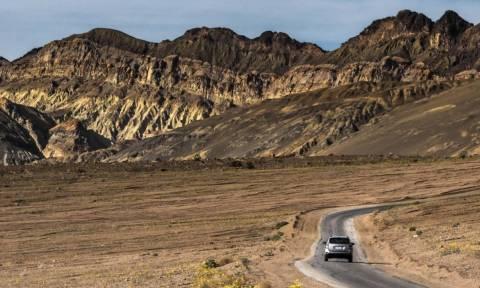 Αυτή είναι η Κοιλάδα του Θανάτου και... ανθίζει κάθε δέκα χρόνια (Photos)