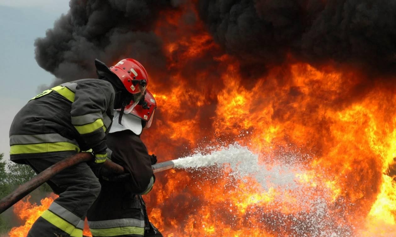 Θεσσαλονίκη: Πυρκαγιά στη Φιλαδέλφεια