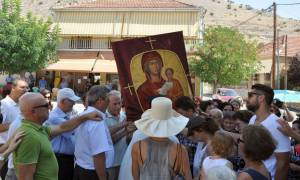 Δεκαπενταύγουστος - Τρίκαλα: Η περιφορά της Παναγιάς της Οδηγήτριας στον Δήμο Φαρκαδόνας