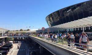 Συναγερμός στη Γαλλία: Εκκενώθηκε το αεροδρόμιο της Νίκαιας λόγω «ύποπτων» αποσκευών (pics+vid)