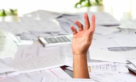 Κατασχέσεις: Εφιάλτης για χιλιάδες οφειλέτες – «Κοκκινίζουν» και πάλι ρυθμισμένες οφειλές