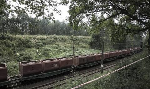 Πολωνία: Κυνηγοί θησαυρών σκάβουν για να βρουν τρένο των Ναζί γεμάτο χρυσάφι! (pics+vid)