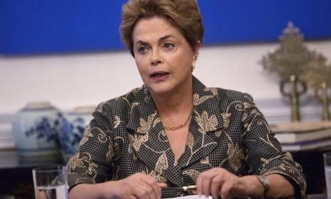 Βραζιλία: «Είμαι αθώα» επαναλαμβάνει η Ντίλμα Ρουσέφ