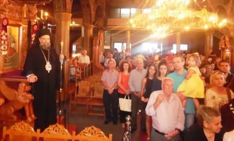 Η εικόνα της Παναγίας της Κορώνης και απότμημα του ιερού λειψάνου του Aγ.Σεραφείμ στο χωριό Μεσενικό