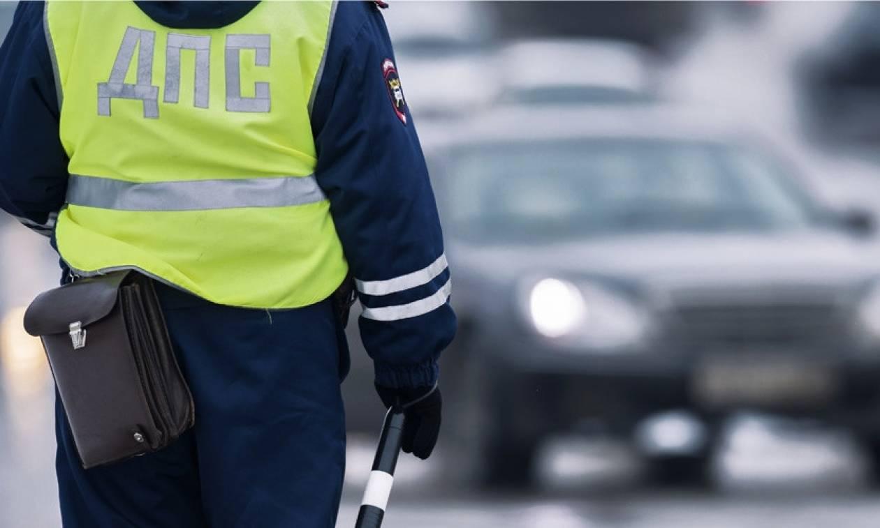 Ρωσία: Ένοπλοι επιτέθηκαν με τσεκούρια κατά αστυνομικών