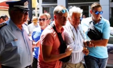 Τραγωδία στην Αίγινα - ΤΩΡΑ: Στον ανακριτή ο 77χρονος χειριστής του ταχύπλοου