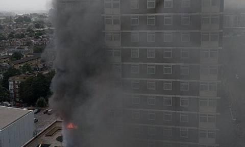 Μεγάλη φωτιά σε πολυκατοικία στο Λονδίνο  (pics+vid)