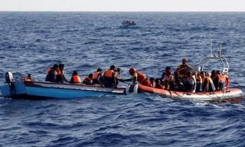 Νεκρά δύο νήπια σε νέο ναυάγιο προσφύγων ανοιχτά της Λιβύης