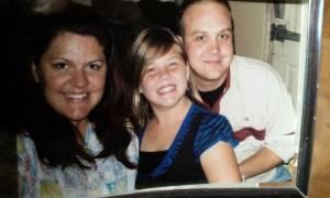17χρονη έστειλε γράμμα στον νεκρό πατέρα της και... έλαβε απάντηση (video)