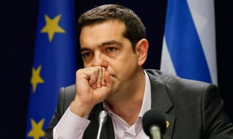 Ο Τσίπρας φτιάχνει το Ευρωπαϊκό προφίλ του και η χώρα αργοπεθαίνει...