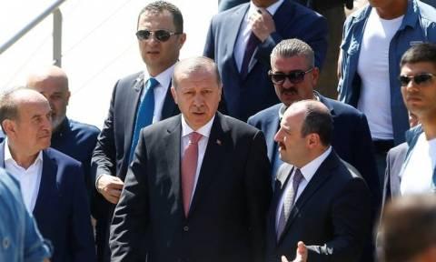 Το Ισλαμικό Κράτος «βλέπει» ο Ερντογάν πίσω από την επίθεση στο Γκαζίαντεπ