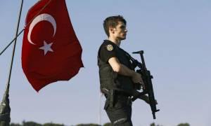 Die Welt: Περισσότεροι από 6.000 Τούρκοι μυστικοί πράκτορες «πνίγουν» την Γερμανία