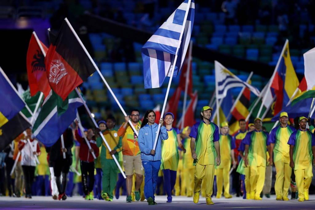 Ολυμπιακοί Αγώνες 2016 - Τελετή Λήξης: Στην Κατερίνα Στεφανίδη η Ελληνική σημαία!