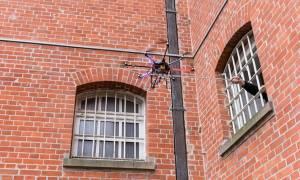 Βρετανία: «Χρειάζεσαι ναρκωτικά στη φυλακή; Χρησιμοποίησε ένα drone» (Pics & Vid)
