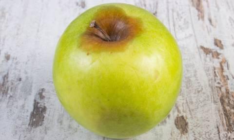 Μπορούμε να φάμε ένα φρούτο που έχει αρχίσει να χαλάει;