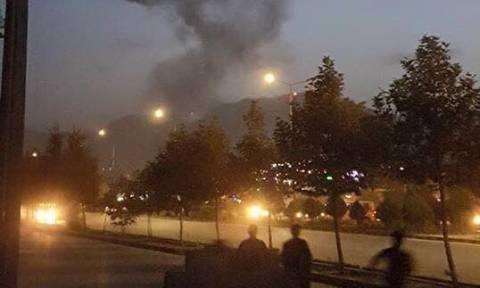 Τρομοκρατική επίθεση στο Αμερικανικό Πανεπιστήμιο στην Καμπούλ - Ένας νεκρός (pic+vid)