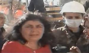 Η συγκλονιστική μαρτυρία της μάνας του Βασίλη που σκοτώθηκε στον σεισμό της Λ΄Άκουιλα (vid)