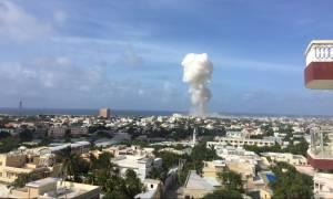Σομαλία: Δέκα νεκροί από τρομοκρατική επίθεση σε παραλιακό εστιατόριο (Vid)