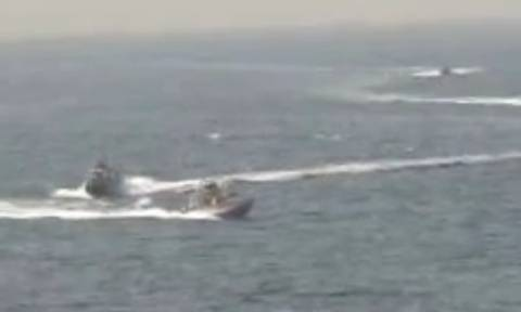 «Παιχνίδια Πολέμου»: Πλοίο του αμερικανικού Πολεμικού Ναυτικού άνοιξε πυρ κατά ιρανικού ταχύπλοου