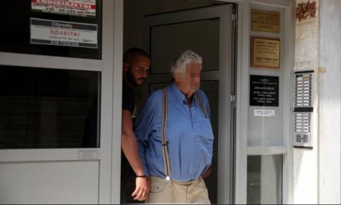 Αίγινα: Οι μαρτυρίες «καίνε» τον 77χρονο - Φώναζαν «πέτα μας ένα σωσίβιο» και αυτός τους αγνοούσε