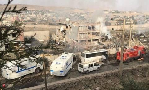 Τουρκία: Το PKK ανέλαβε την ευθύνη για την επίθεση στο Τσίζρε - 11 οι νεκροί (video+photos)