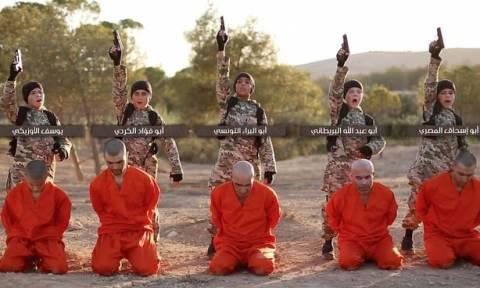 Νέο βίντεο φρίκης από τους τζιχαντιστές: Παιδιά εκτελούν αιχμαλώτους