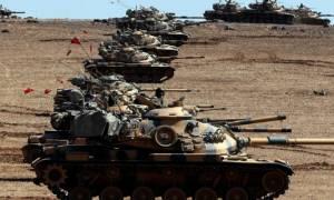 Συρία: Η Τουρκία ενισχύει τις θέσεις της με περισσότερα άρματα μάχης - Νέοι βομβαρδισμοί στόχων