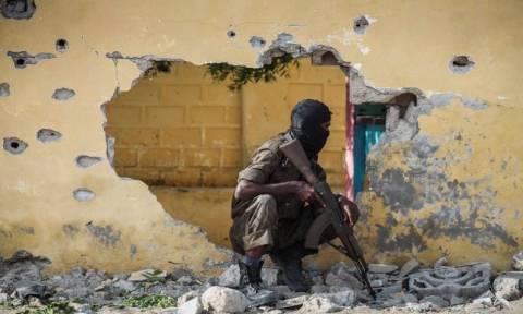 Σομαλία: Παγιδευμένο αυτοκίνητο σκόρπισε το θάνατο - Τουλάχιστον 10 νεκροί