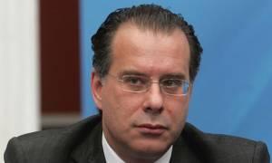 Τηλεοπτικές άδειες - Κουμουτσάκος: Η κυβέρνηση χρησιμοποιεί «γκεμπελικές» μεθόδους στα ΜΜΕ