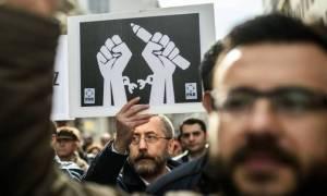 Τουρκία: Το πογκρόμ συνεχίζεται - Νέες συλλήψεις δημοσιογράφων