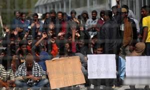 «SOS» λόγω προσφυγικού εκπέμπουν Μυτιλήνη και Χίος