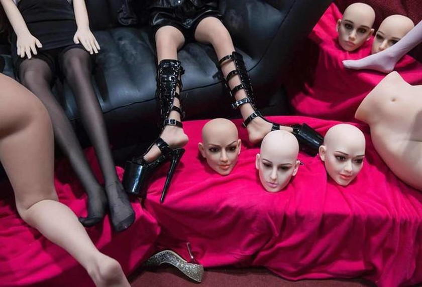 Αυτά είναι τα νέα ερωτικά παιχνίδια που θα φέρουν σεξουαλική επανάσταση (video+photos)