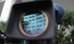 Τηλεοπτικές άδειες: Κινητικότητα έξω από το κτήριο της ΓΓ Ενημέρωσης
