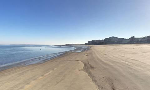 Άγριο ξύλο σε παραλία γυμνιστών - Έπεσαν γροθιές και κλωτσιές