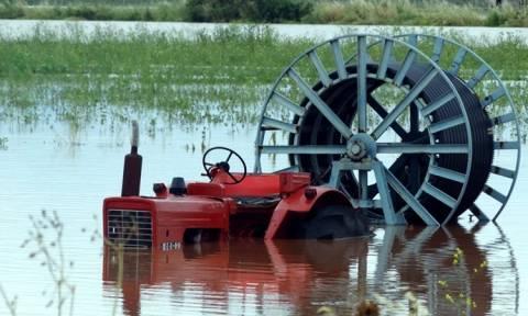Τρίκαλα: Σοβαρά προβλήματα από την ισχυρή νεροποντή στη Δυτική Θεσσαλία