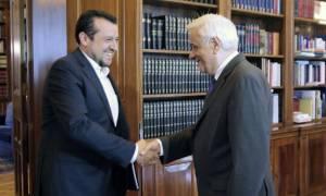 Τον Προκόπη Παυλόπουλο θα ενημερώσει ο Νίκος Παππάς για τα αποτελέσματα των αδειών