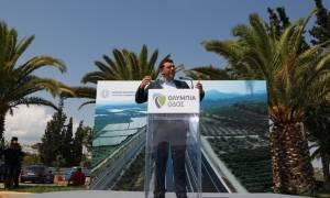 Οι υποχρεώσεις «πνίγουν» την Ελλάδα και ο Τσίπρας τάζει… αέρα στο λαό