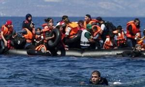 Διασώθηκαν  πρόσφυγες ανοιχτά της Λέσβου