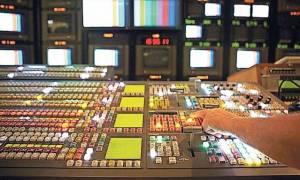 Μαξίμου: Όσα κανάλια δεν πήραν άδεια ας εκπέμψουν συνδρομητικά ή διαδικτυακά