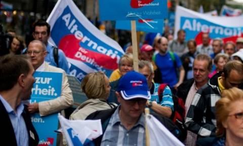 Γερμανία – Εκλογές: Ποιο είναι το ακροδεξιό κόμμα που «συνέθλιψε» τη Μέρκελ;