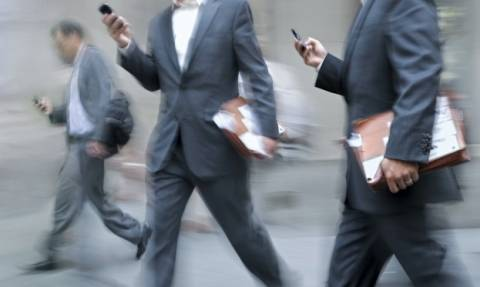 Τα έξι χαράτσια που γονατίζουν τις επιχειρήσεις