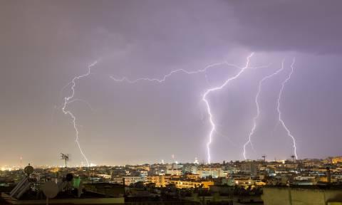 Προσοχή! Έκτακτο δελτίο επιδείνωσης καιρού - Έρχονται βροχές, καταιγίδες και χαλαζοπτώσεις από Τρίτη